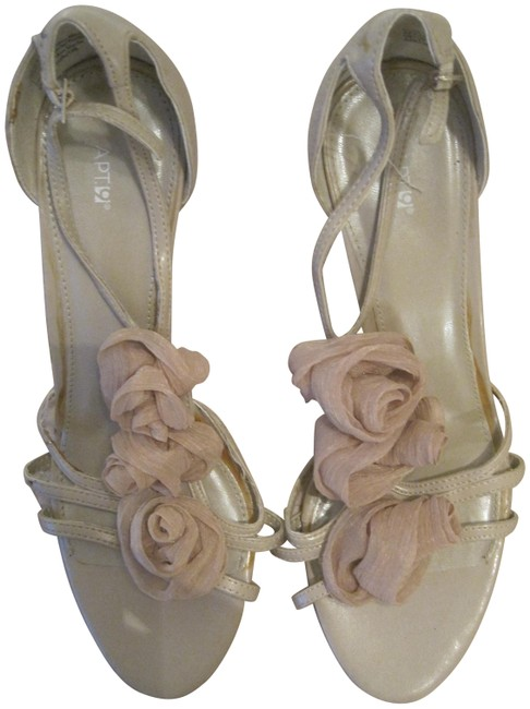 Item - Nude Beige Strappy Heels with Rosettes Pumps Size US 9 Regular (M, B)