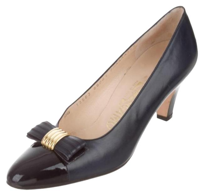 Item - Black Vintage Bow-accented Patent Leather Pumps Size US 7.5 Narrow (Aa, N)