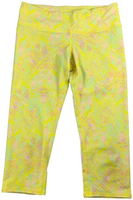 Item - Yellow Yoga Airbrush Capri Zest Indigo Activewear Bottoms Size 8 (M, 29, 30)