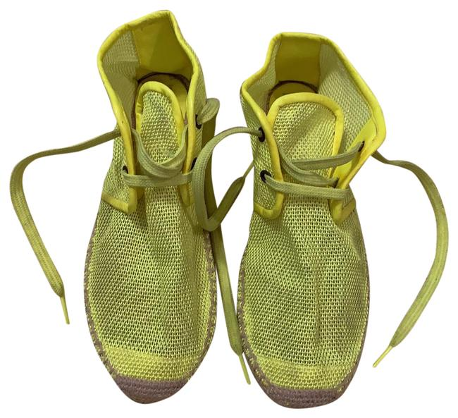 Item - Bright Yellow Flats Size EU 39 (Approx. US 9) Regular (M, B)