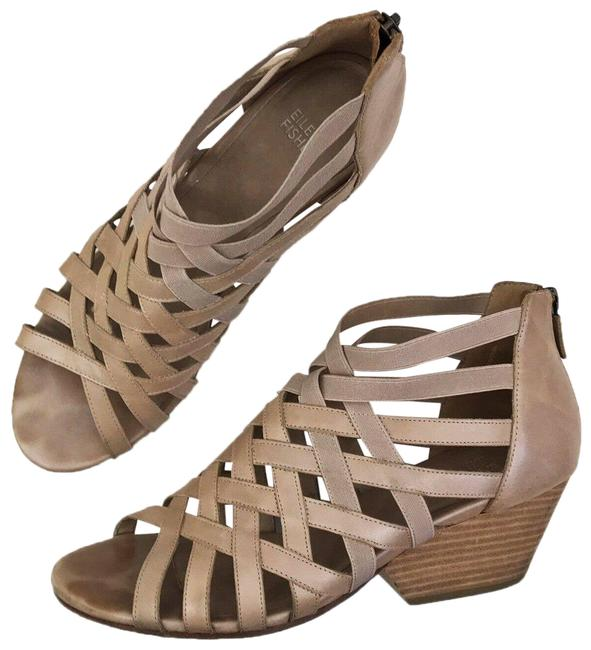 Item - Oodle M Wedge Zip-up Cage In Cream Sandals Size US 10 Regular (M, B)