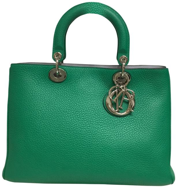 Item - Medium issimo with Strap Green Leather Shoulder Bag