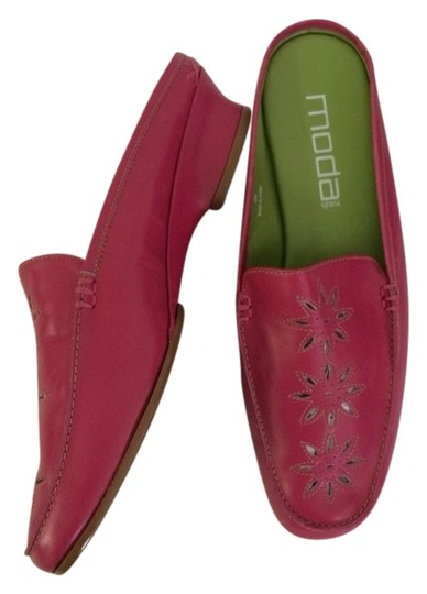 Preload https://item3.tradesy.com/images/moda-spana-pink-mules-2864212-0-0.jpg?width=440&height=440