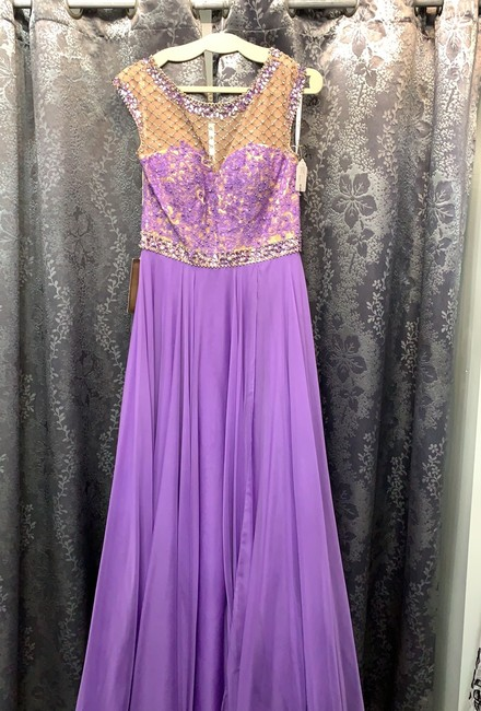 Item - Lilac/Nude 10074 Formal Bridesmaid/Mob Dress Size 12 (L)