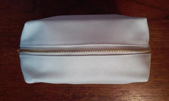 Saks Fifth Avenue Saks Fifth Avenue White Pebble Textured Cosmetics Makeup Bag