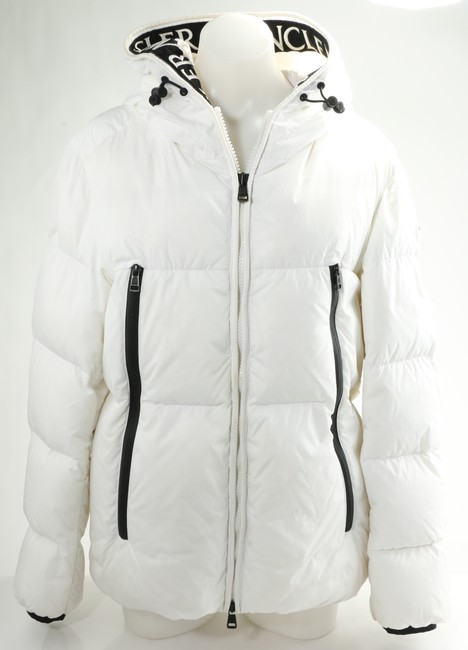 Item - White Baronnies Water Resistant Hooded Down Puffer Jacket Men's Jewelry/Accessory