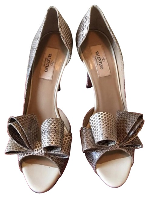 Item - Beige Shades Snake Print Heels with Bow Formal Shoes Size EU 38 (Approx. US 8) Regular (M, B)