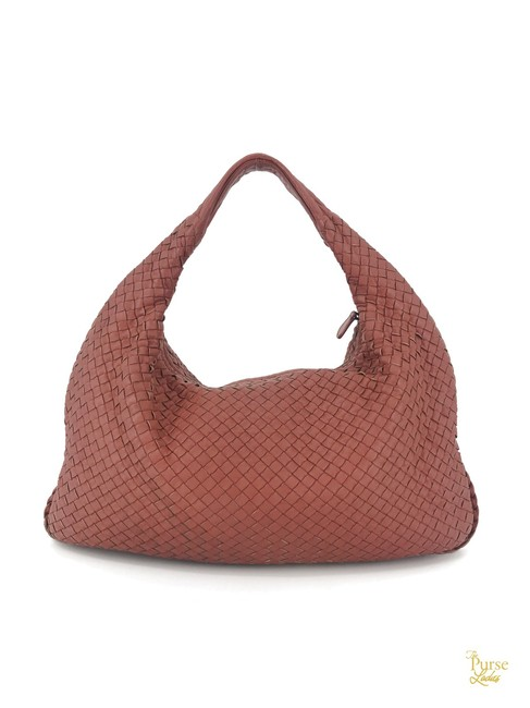 Item - Intrecciato Woven #32808 Red Lambskin Leather Hobo Bag