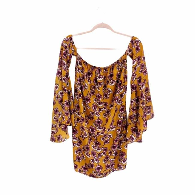 Item - Yellow Women's Floral Bell Sleeve Mini Dress Small Blouse Size 4 (S)