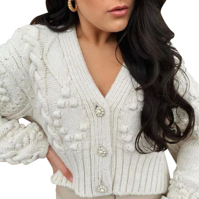 Item - White Chunky Knit with Pearl Crystal Jewel Buttons Cardigan Size 12 (L)