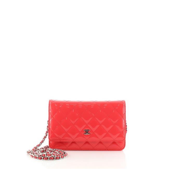 Item - Wallet on Chain Quilted Pink Patent Leather Cross Body Bag