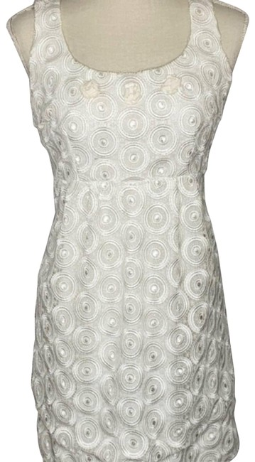 Item - White Lace Formal Dress Size 6 (S)