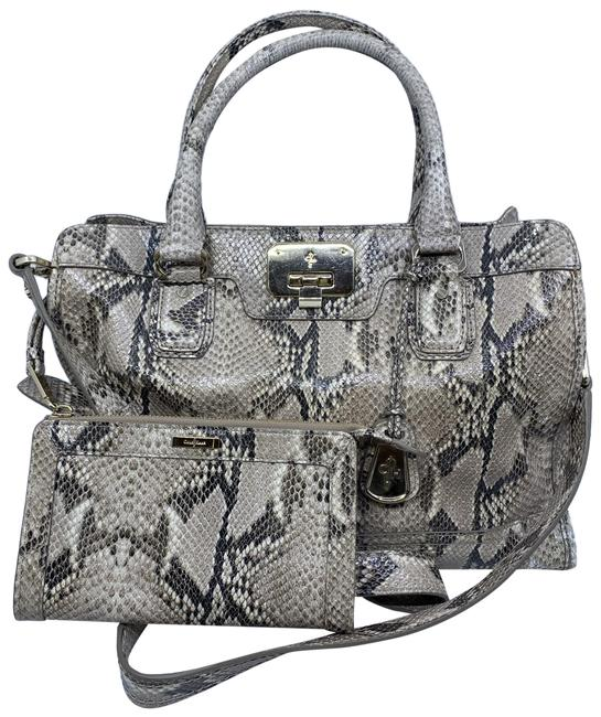 Item - Snake Print W/ Pouch Black Gray Leather Cross Body Bag
