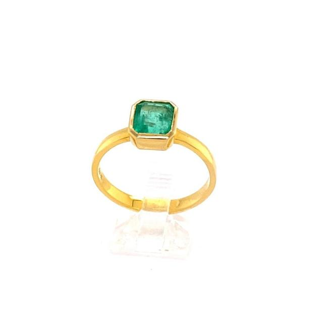Item - Green 1.59ct Emerald 18k Yg 4.36gm Ring