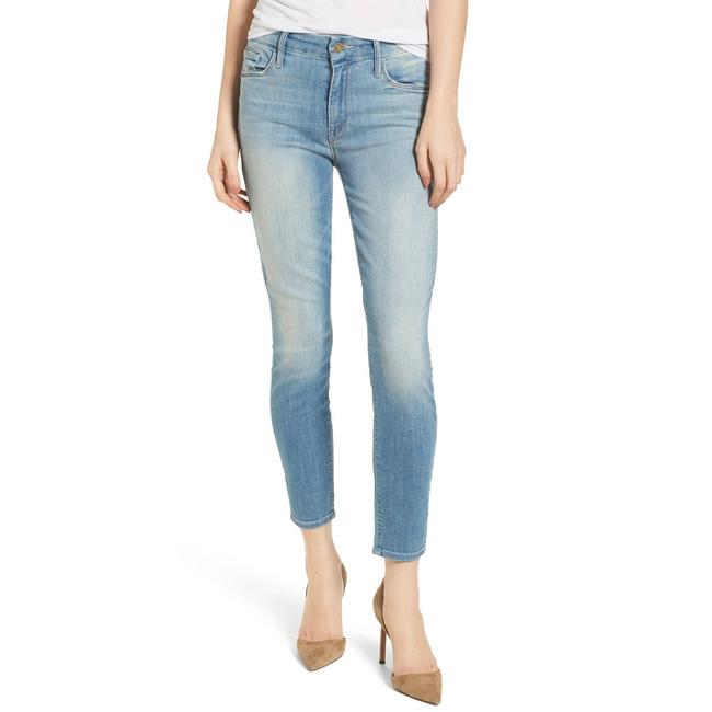 Item - Blue Light Wash Looker Crop Shake Well Capri/Cropped Jeans Size 32 (8, M)