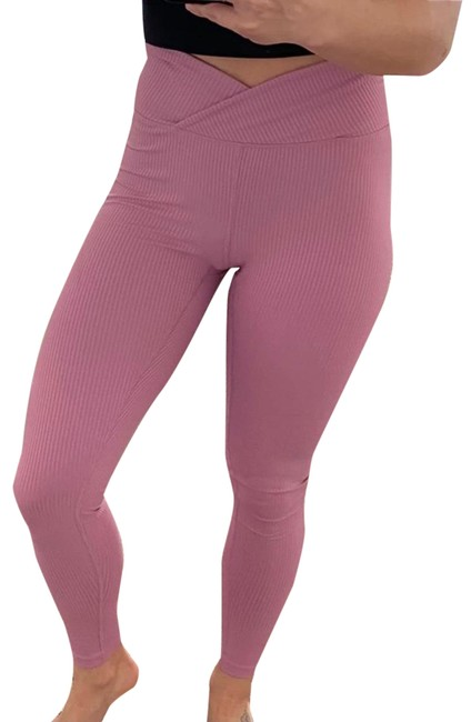 Item - Pink Ribbed Activewear Bottoms Size 2 (XS)