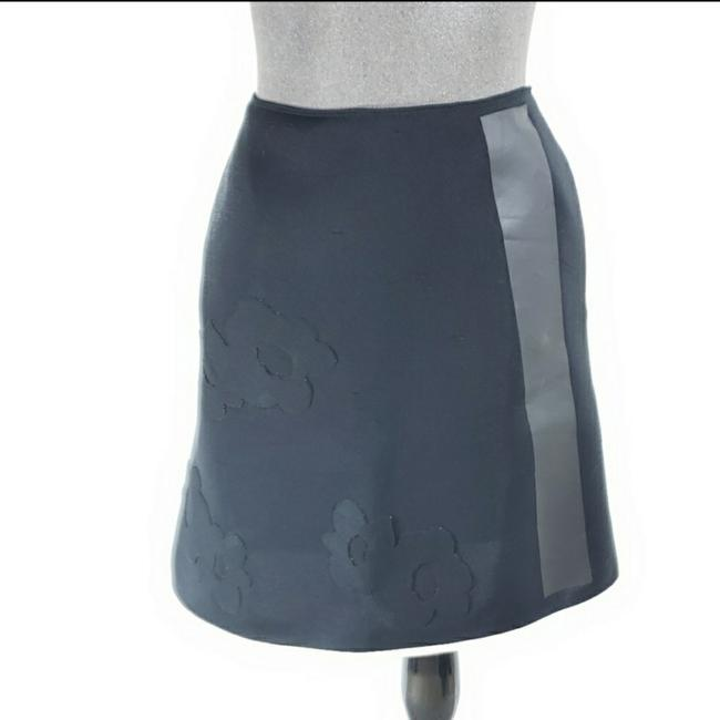 Item - Black Flower Detail A-line Skirt Size OS (one size)