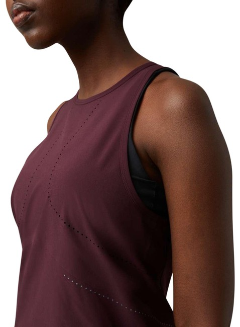 Item - Burgundy Find Your Pace Activewear Top Size 2 (XS)