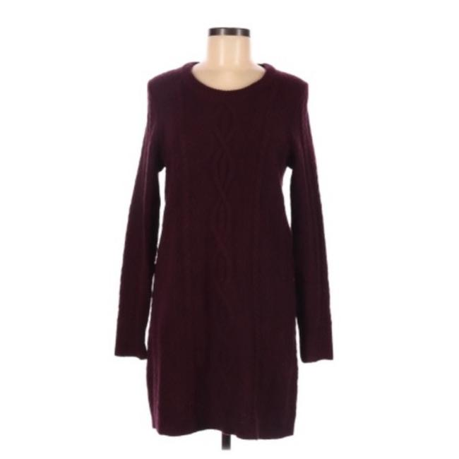 Item - Red Maroon Cable Knit Sweater Medium Mid-length Short Casual Dress Size 8 (M)