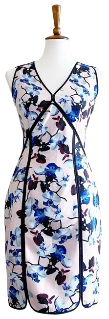 Item - Pink Scuba & Blue Floral Mid-length Short Casual Dress Size 6 (S)