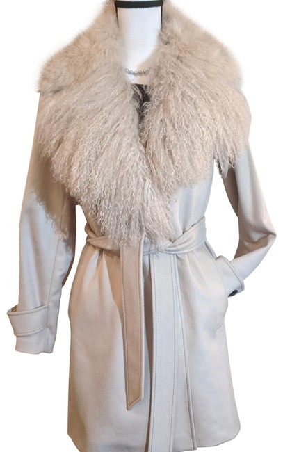 Item - Beige/Cream Cashmere 3/4 Length Coat Size 8 (M)