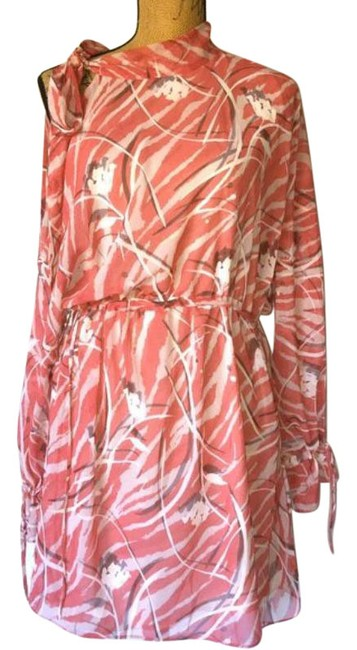 Item - Red Neela Kazuno Print Mid-length Cocktail Dress Size 14 (L)