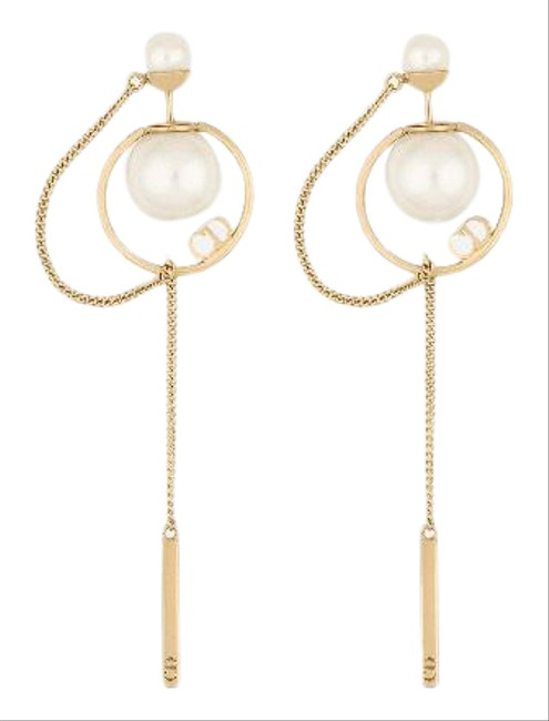 Item - Gold and Pearl Tribales Earrings