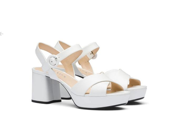 Item - White Block Heel Sandal Pumps Size EU 36.5 (Approx. US 6.5) Regular (M, B)
