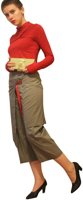 Item - Green Red Paris Above Ankle Trousers and Asymmetrical Skirt Capris Size OS