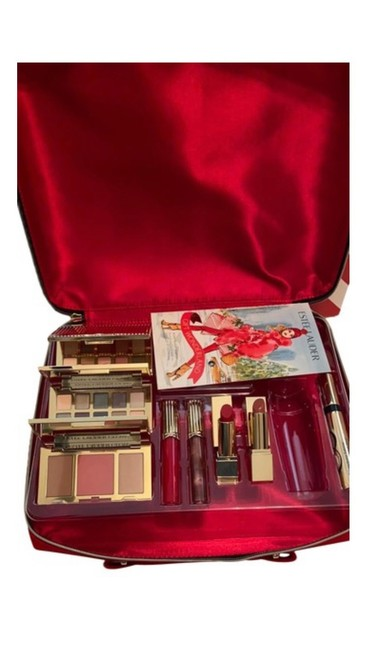 Item - Red Nudes Glam Glow Makeup Kit Cosmetic Bag