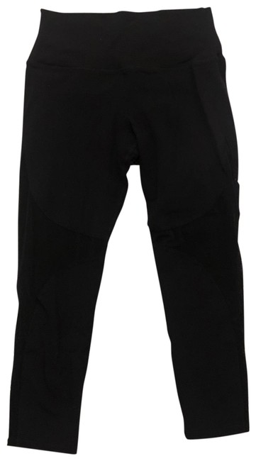 Item - Black Mesh Cropped - Price Negotiable Activewear Bottoms Size 8 (M)