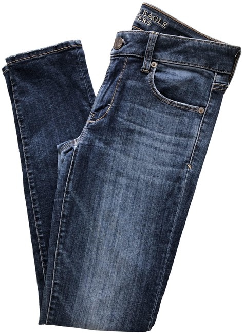 Item - Blue Dark Rinse Super Stretch Skinny Jeans Size 28 (4, S)
