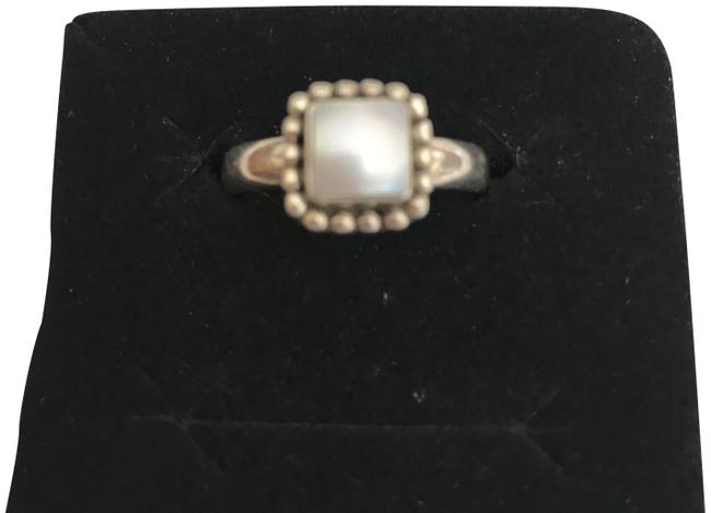 Item - Silver Pearl Mother Of Ring