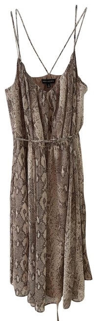 Item - Nude Mid-length Night Out Dress Size 0 (XS)