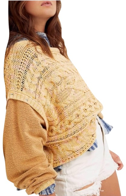 Item - Honey Cable Knit Large Yellow Sweater