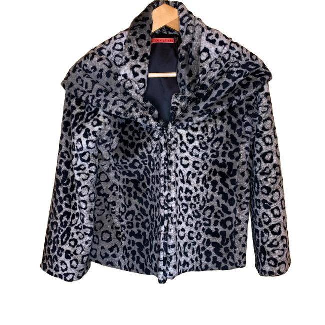 Item - Silver and Black Leopard Coat Size 2 (XS)