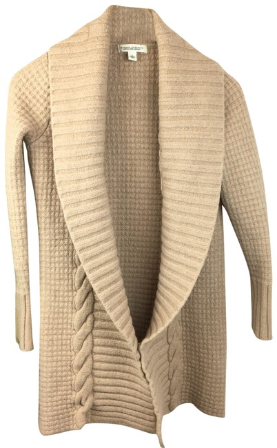 Item - Merino Wool Tan Sweater