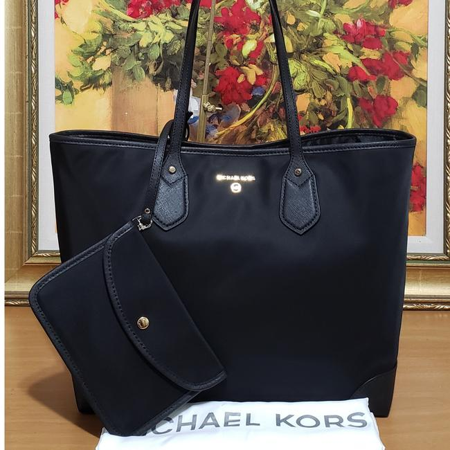 Item - With Pouch Black Nylon Tote