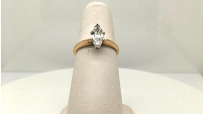 Vintage Gold Natural Diamond Solitaire 14k Yellow Marquise Cut Engagement Ring Vintage Gold Natural Diamond Solitaire 14k Yellow Marquise Cut Engagement Ring Image 2