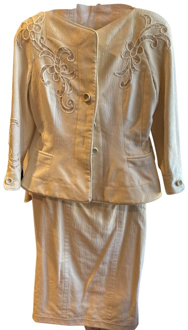 Item - Pearl Christian 2 Pieces Skirt Suit Size 4 (S)