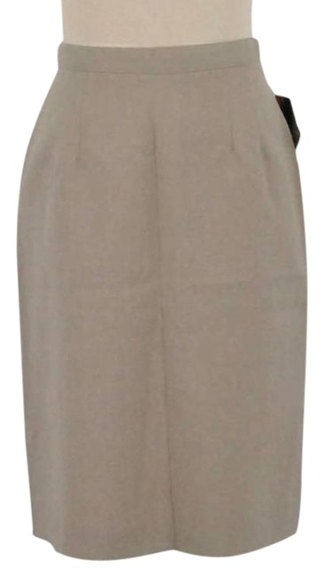 Item - Cream Vintage Skirt Size Petite 10 (M)