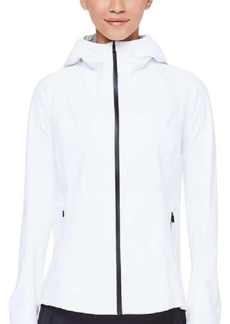 Item - White Cross Chill Jacket Activewear Size 4 (S)