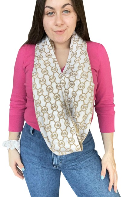 Item - Gold and White 133470 Scarf/Wrap