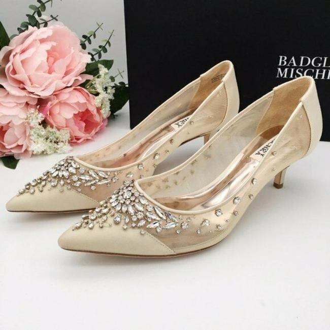 Item - Ivory Satin / Mesh Onyx Crystal Heels Pumps Size US 8.5 Regular (M, B)