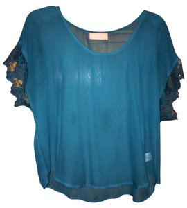 Flowy Sheer Lace Trim Top Teal