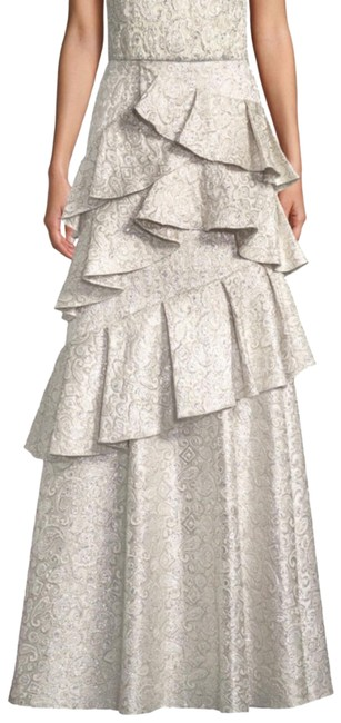Item - Silver Flossie Tiered Ruffle Skirt Size 6 (S, 28)
