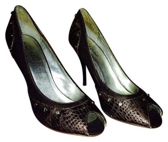 Preload https://item2.tradesy.com/images/unknown-pumps-2869381-0-0.jpg?width=440&height=440
