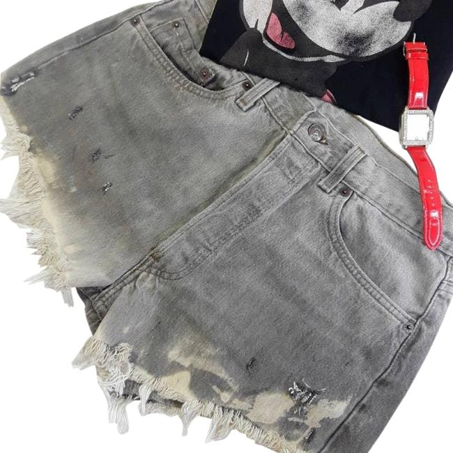 Item - Gray 501 Button Distressed/Destroyed Shorts Size 12 (L, 32, 33)