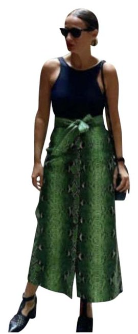 Item - Green Limited Edition Faux Leather Snake Skin 2969/286 Skirt Size 8 (M, 29, 30)