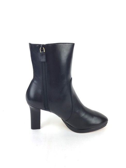 Item - Black Rosalind 90mm Leather Boots/Booties Size US 8 Narrow (Aa, N)